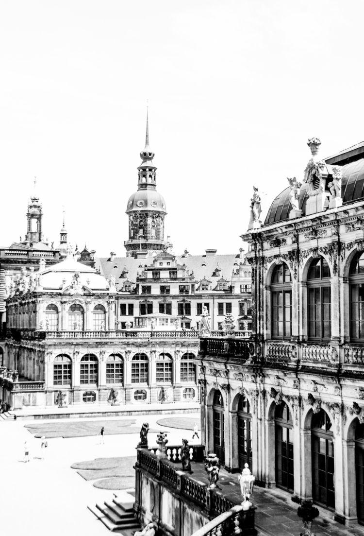 blackandwhite, architecture, europe - goragorskiy | ello