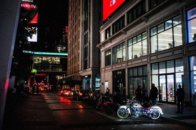 street shot night. September 20 - lyon | ello