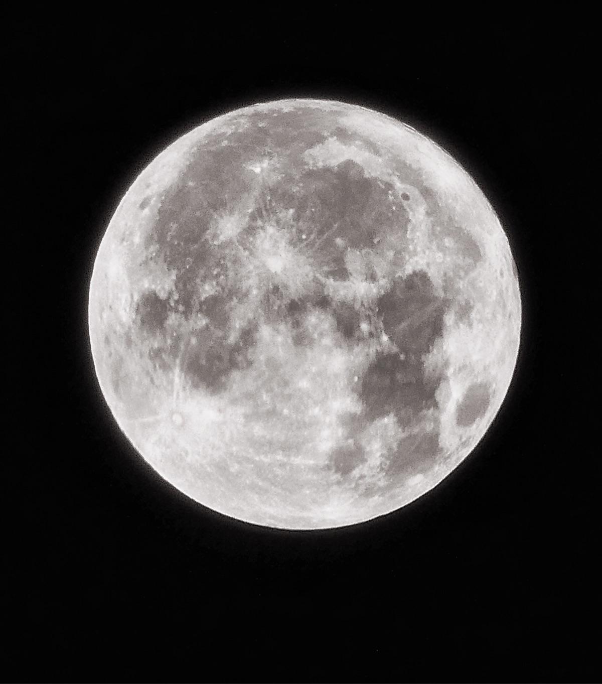 Full Moon (Panasonic Lumix TZ90 - paulbines | ello
