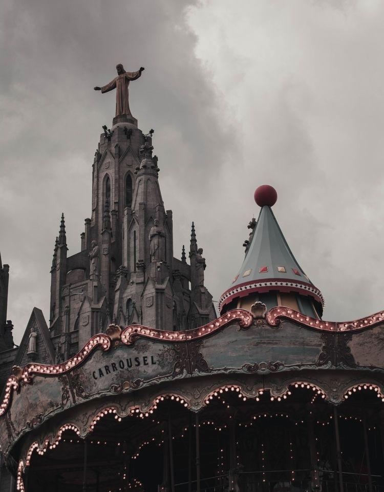 angles church. · Ferran Llerena - ferranllerena | ello