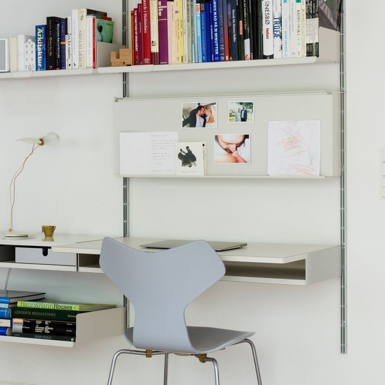 glance metal shelf precisely –  - vitsoe | ello