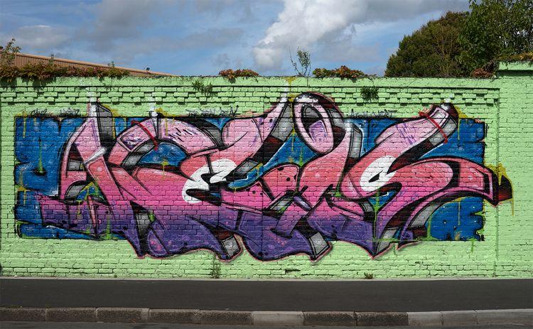 Street-art dans les rues de Lil - gclavet | ello