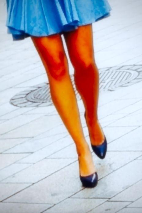 | Blue! Downtown, Geneva - Legs - ziolele | ello