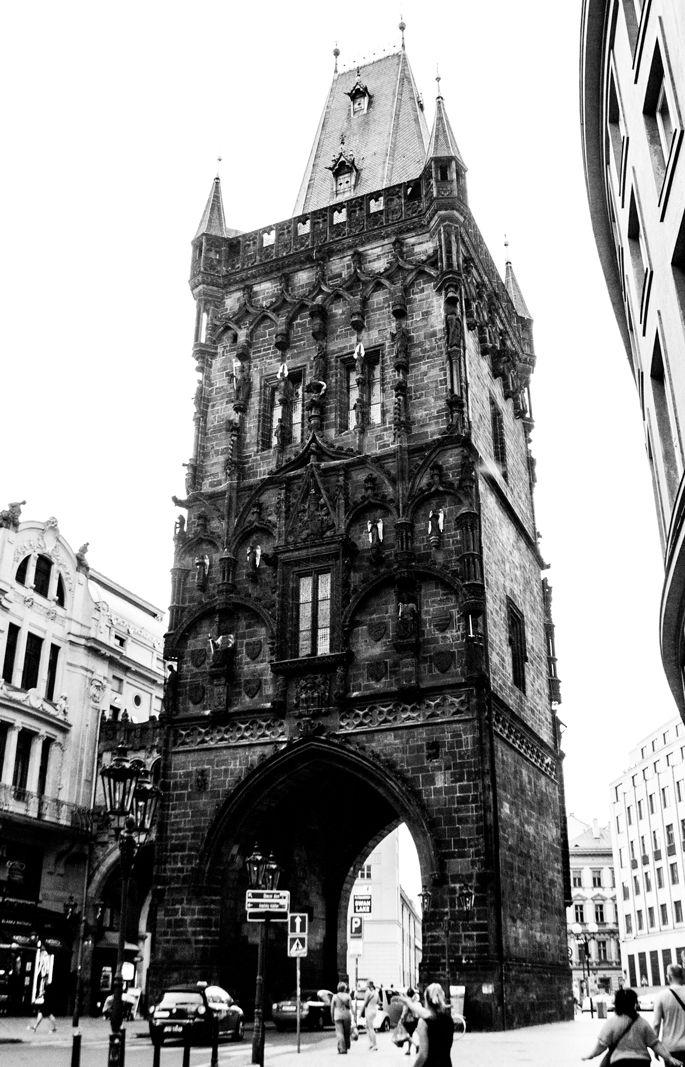 Prague - blackandwhite, architecture - goragorskiy | ello