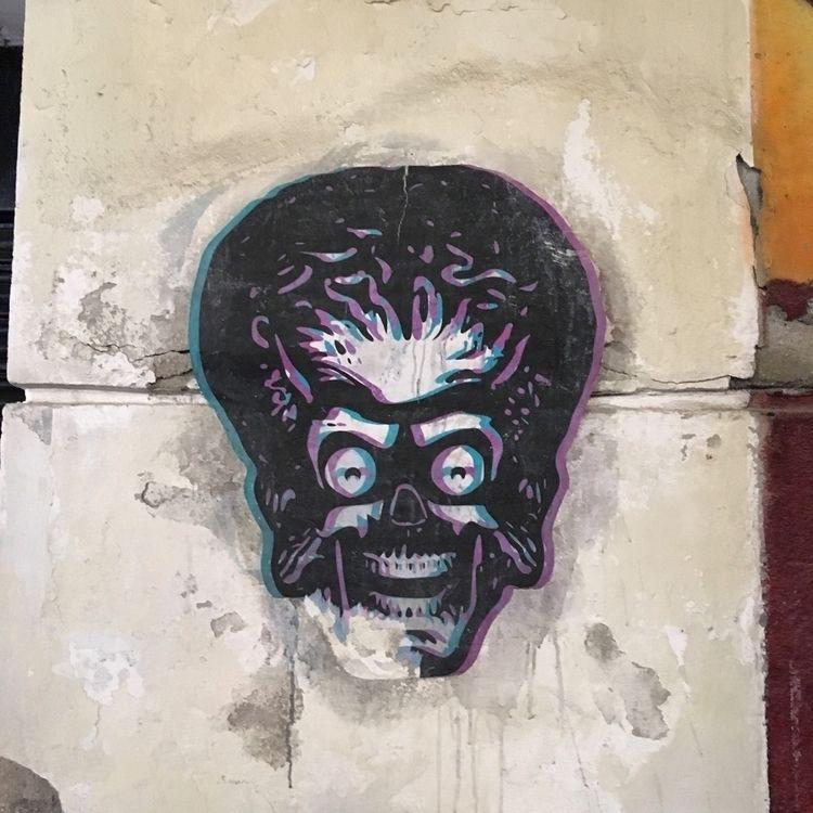 Mars attacks - Madrid, Chueca, streetart - antoniofse | ello