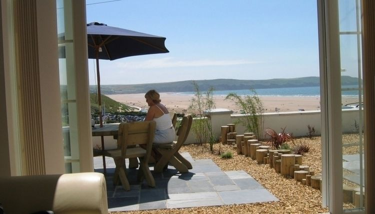 Find Holiday Apartments Devon S - southoverbeachapartments | ello