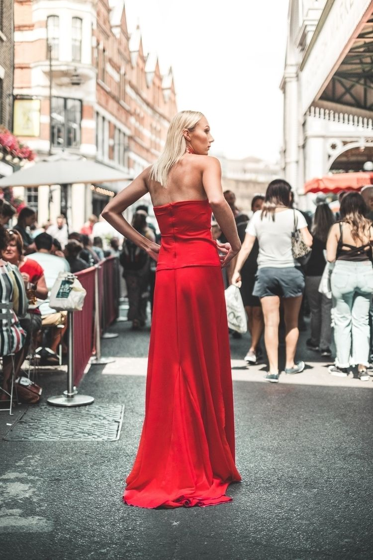 21.07.18  - London, streetphotography - mrkirby | ello