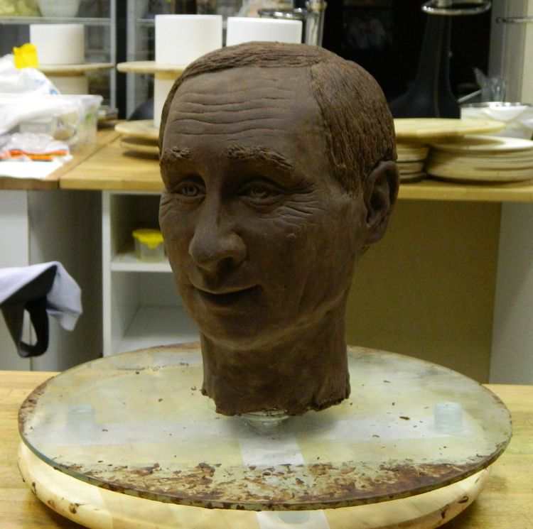 start chocolate sculpture 2015 - nikigusev   ello