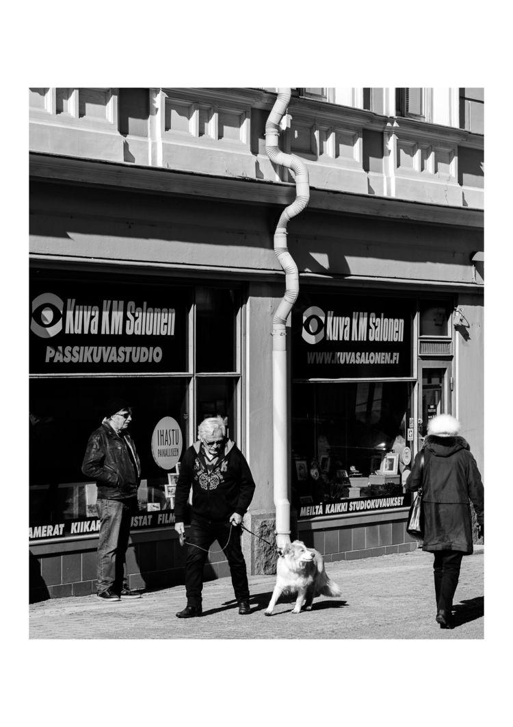 Happy dog - streetphotography, monochrome - santsography   ello