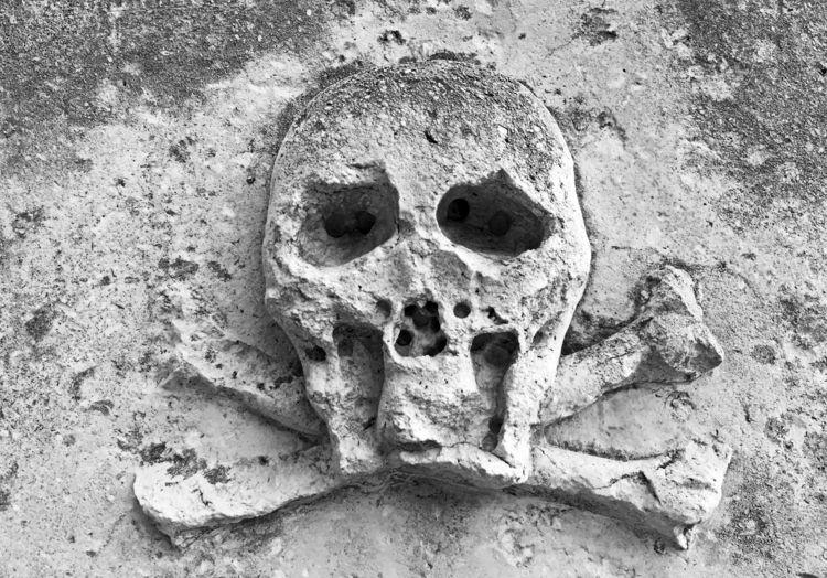 Skull Crossbones wall Dominican - phil_levene | ello