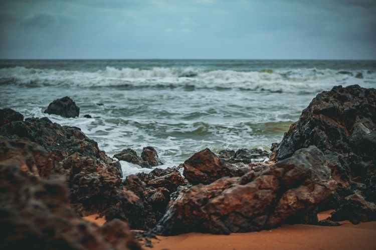 Sort stormy...  - cheratingbeach - fokality | ello