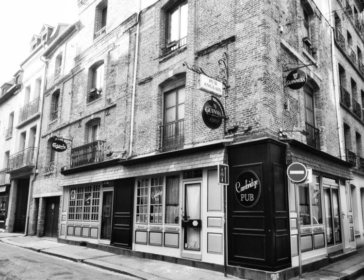 Cambridge Pub - Anglais Dieppe - andybroomfield | ello
