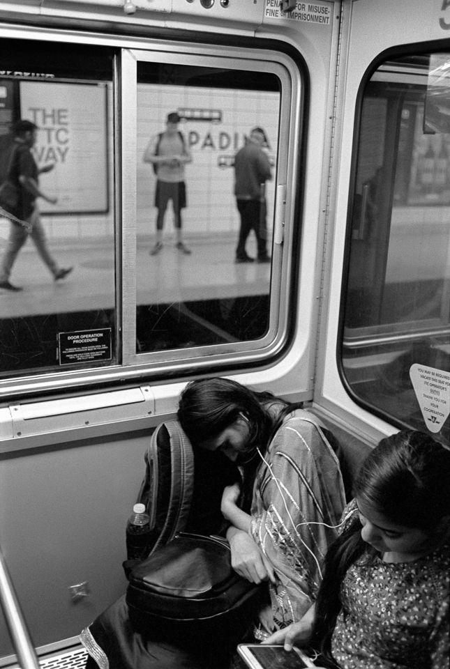 Heading home, Toronto (2018 - LeicaM4 - stanleyomar | ello