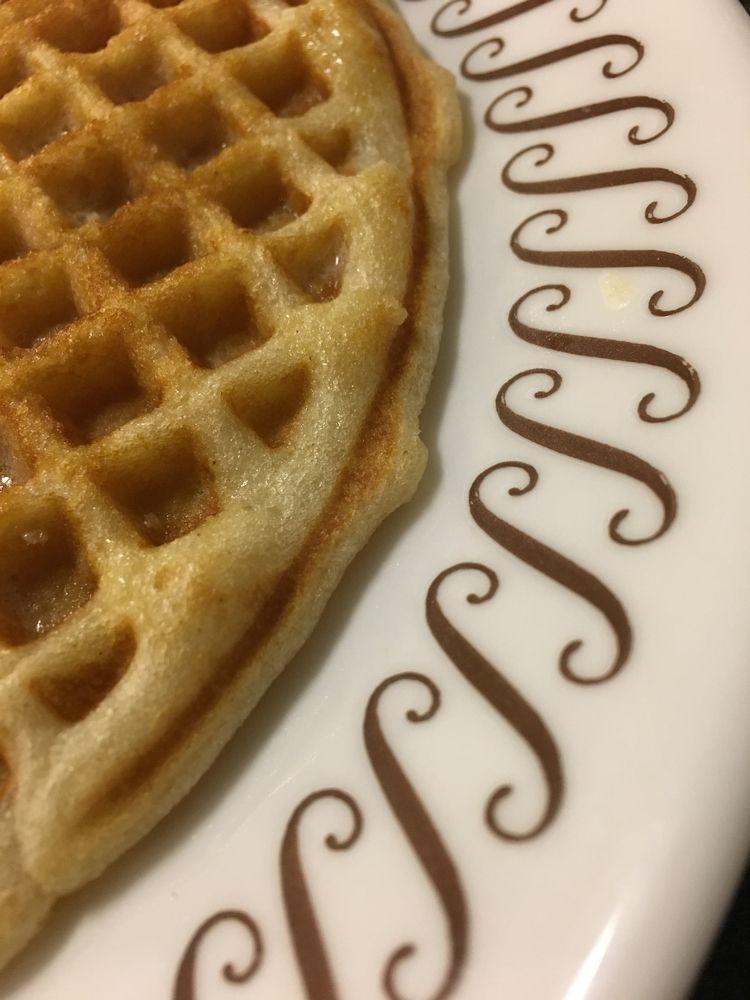 Waffle House, Austin, TX • Frid - tednewsome | ello