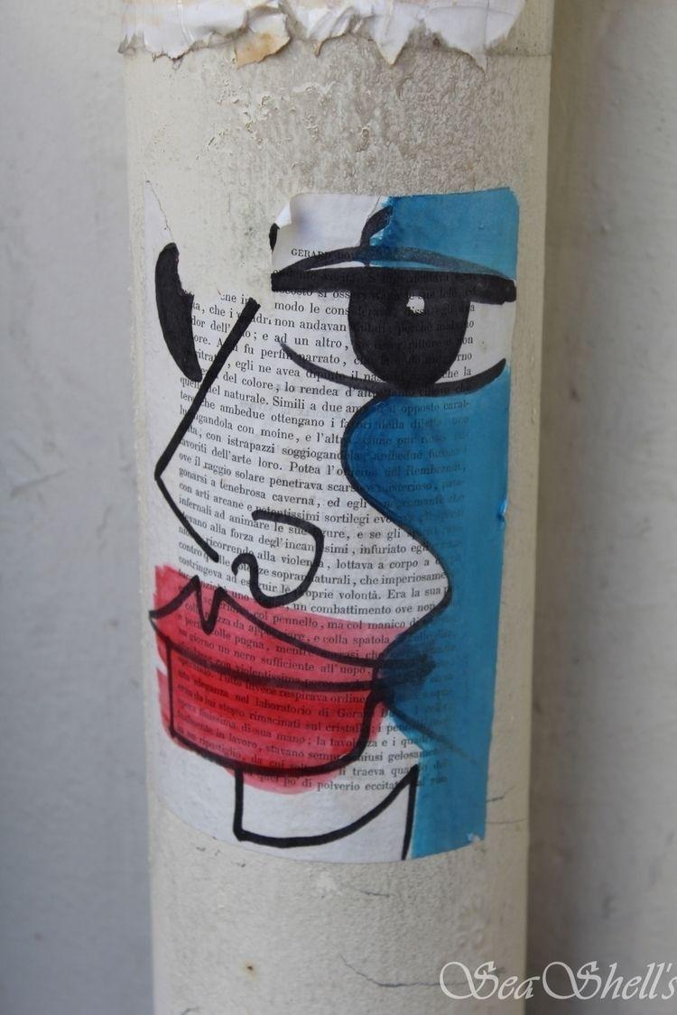 Street art Paris - streetart, streetphotograph - irseashell | ello