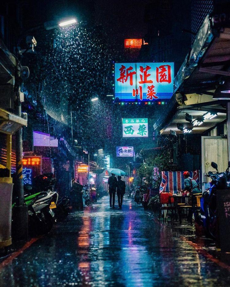 Beautiful Moody Street Photogra - photogrist | ello