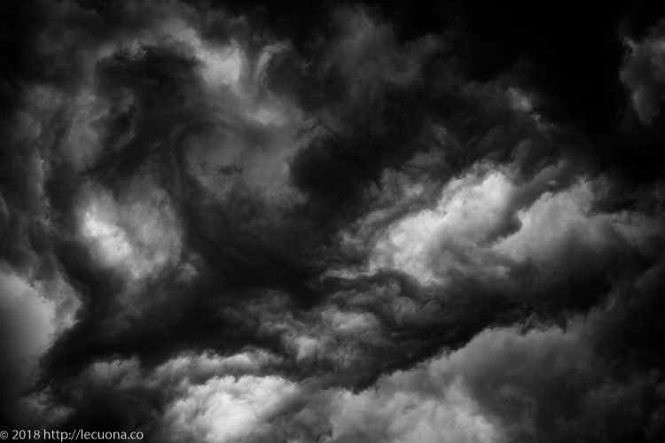 Cloud 4: Amazing troubled cloud - lecuona | ello