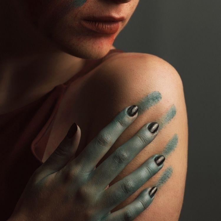 Trail Model Makeup Artist - paint - harryf_k | ello
