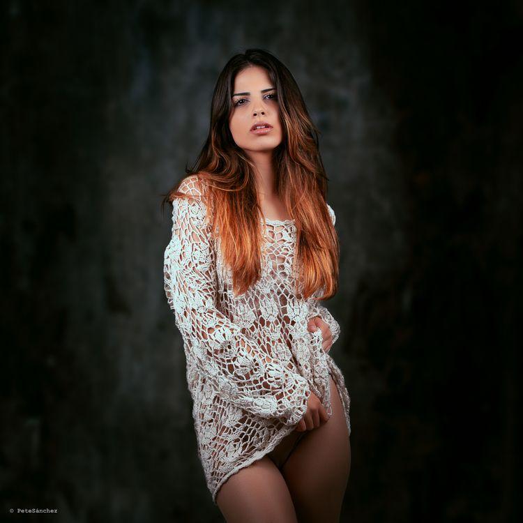 Laura :copyright:Pete Sánchez - model - petesanchez | ello