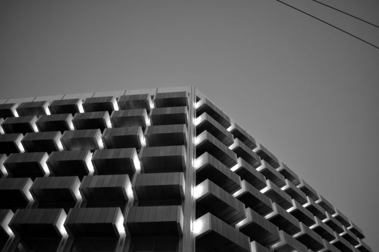 Hotel Building - photography#bnwphotography#architecture#architecturephotography - a2toz   ello