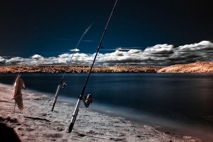 Infrared scene fishermen attemp - tacosteev | ello