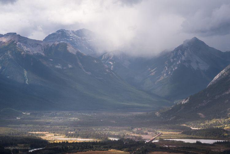 Natures train set. Banff, Canad - toni_ertl | ello