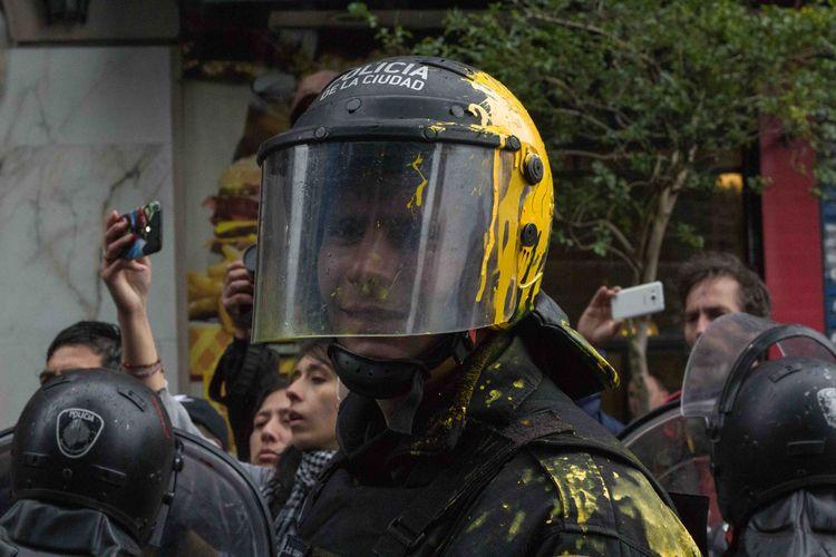 September 24th Buenos Aires Pol - _dantesantiago | ello