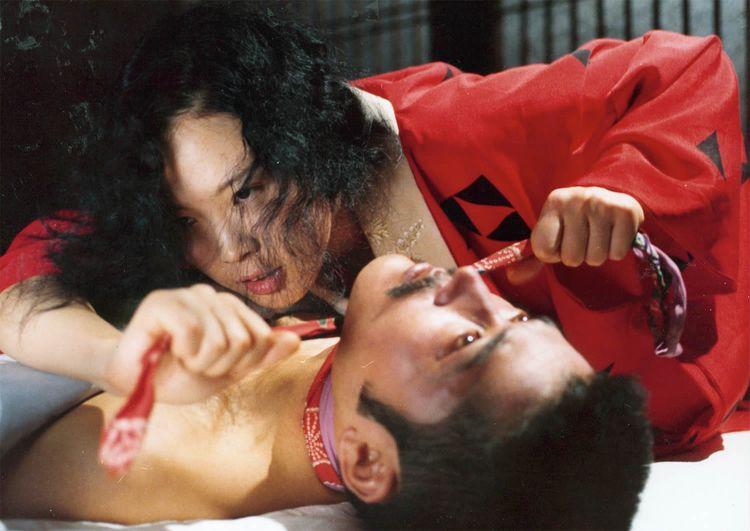 Erotic films navigate oceans se - scene360 | ello