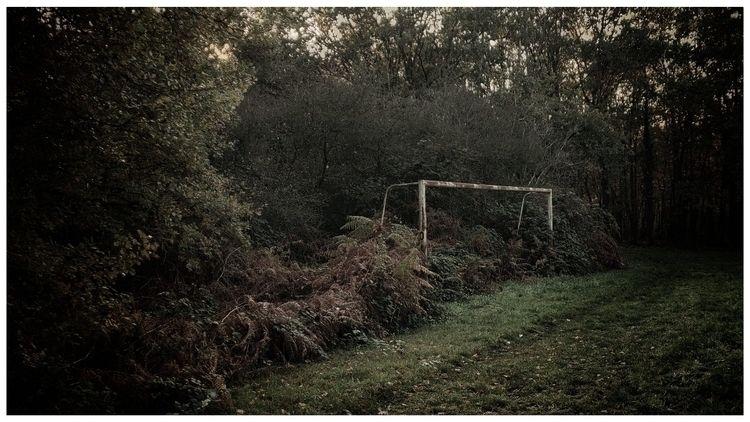 play football - OnePlus6, Snapseed - deadmanhay | ello