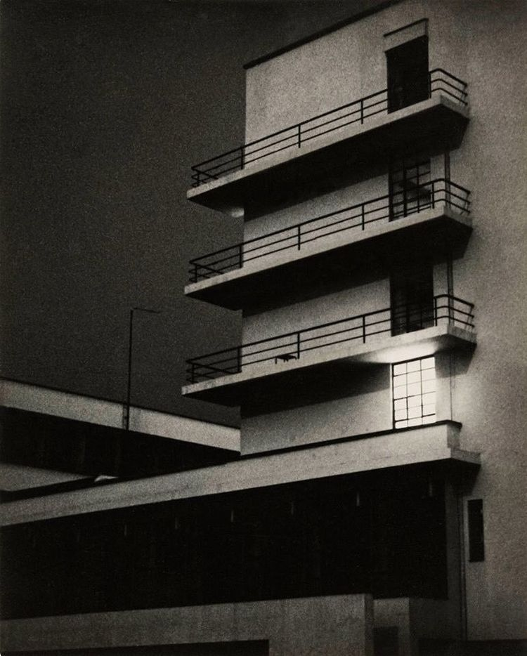 1929. Photo Lyonel Feininger - Bauhaus - bauhaus-movement | ello