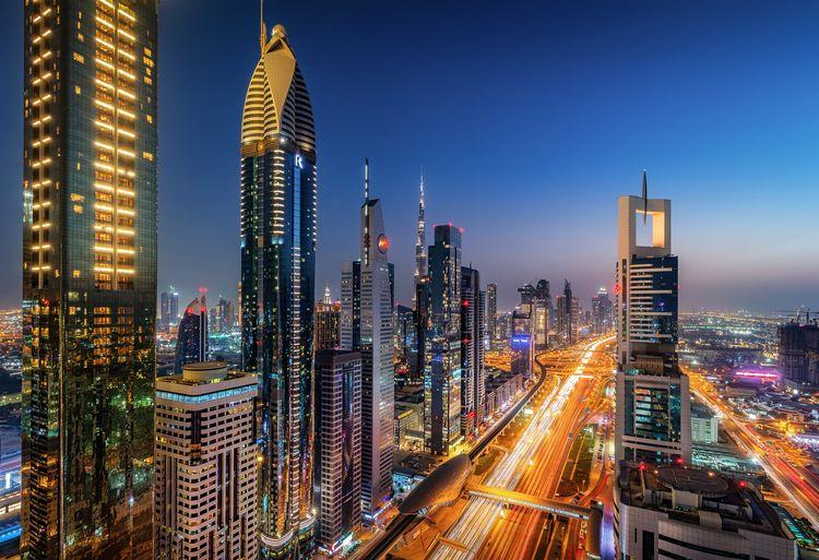 Sheikh Zayed Road- Dubai, UAE m - davecurry8 | ello
