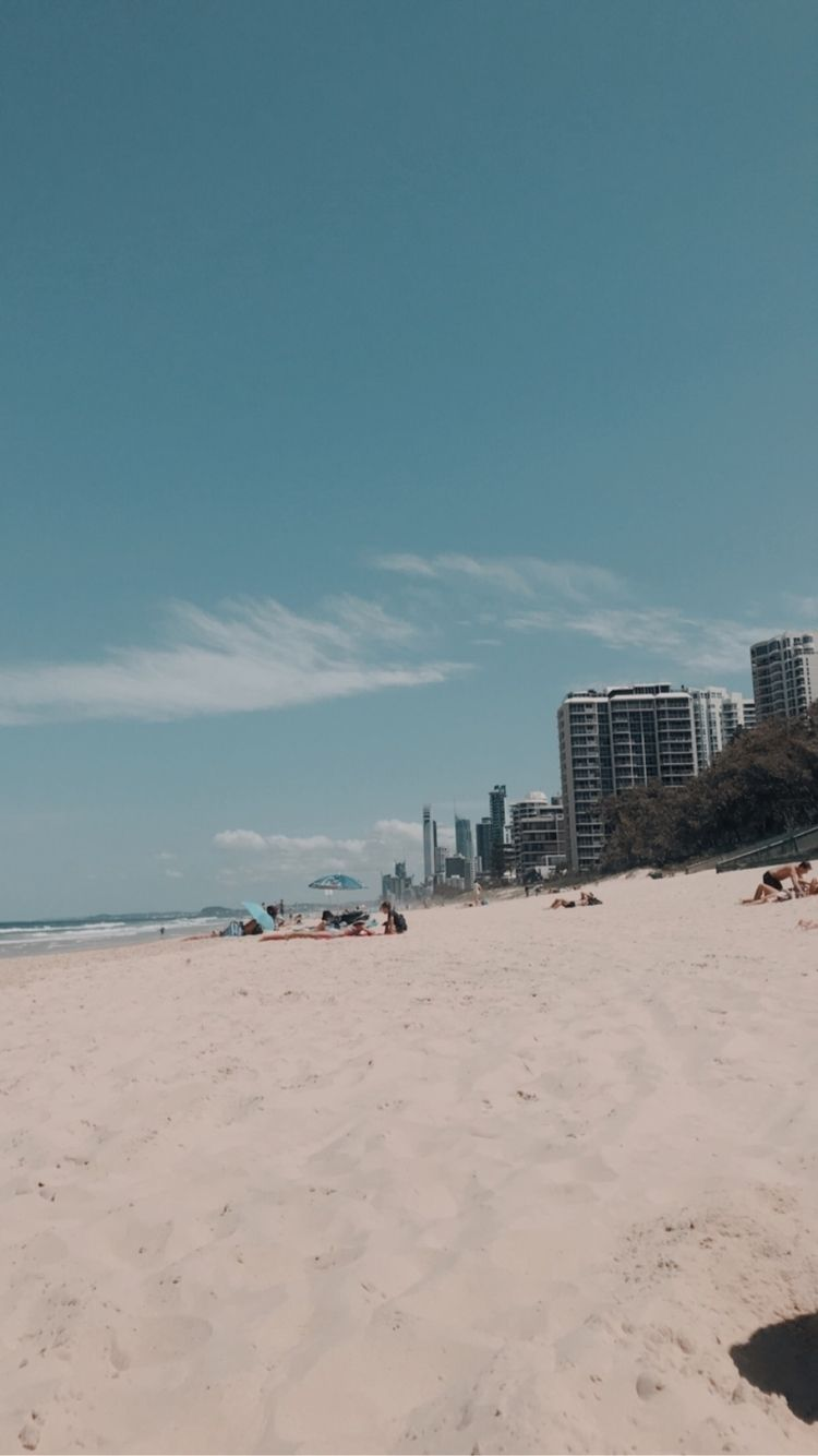 Gold Coast Beaches = 10/10 - goldcoast - ryna | ello
