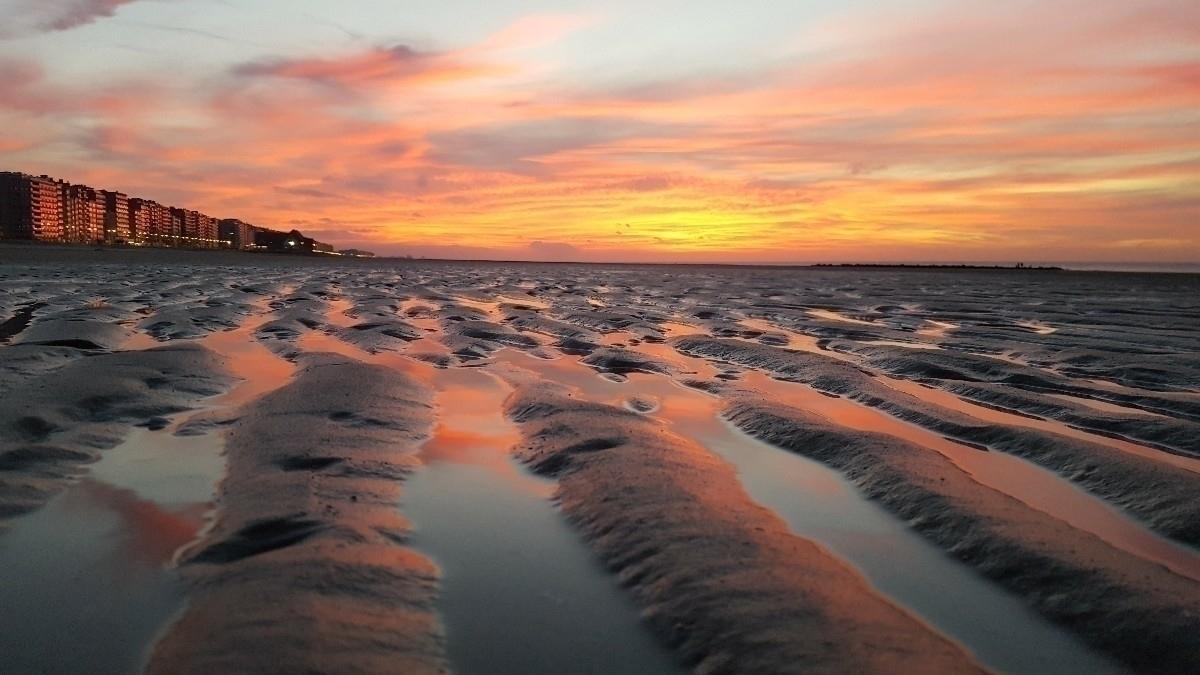 beach, middelkerke, belgium, sun - rvdkimmenade | ello