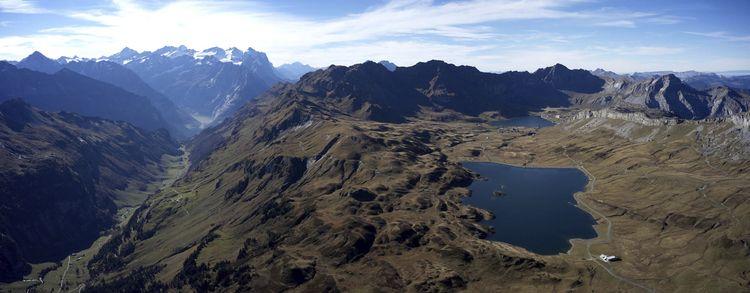 Tannensee oberhalb Engstlenalp - schlichi   ello