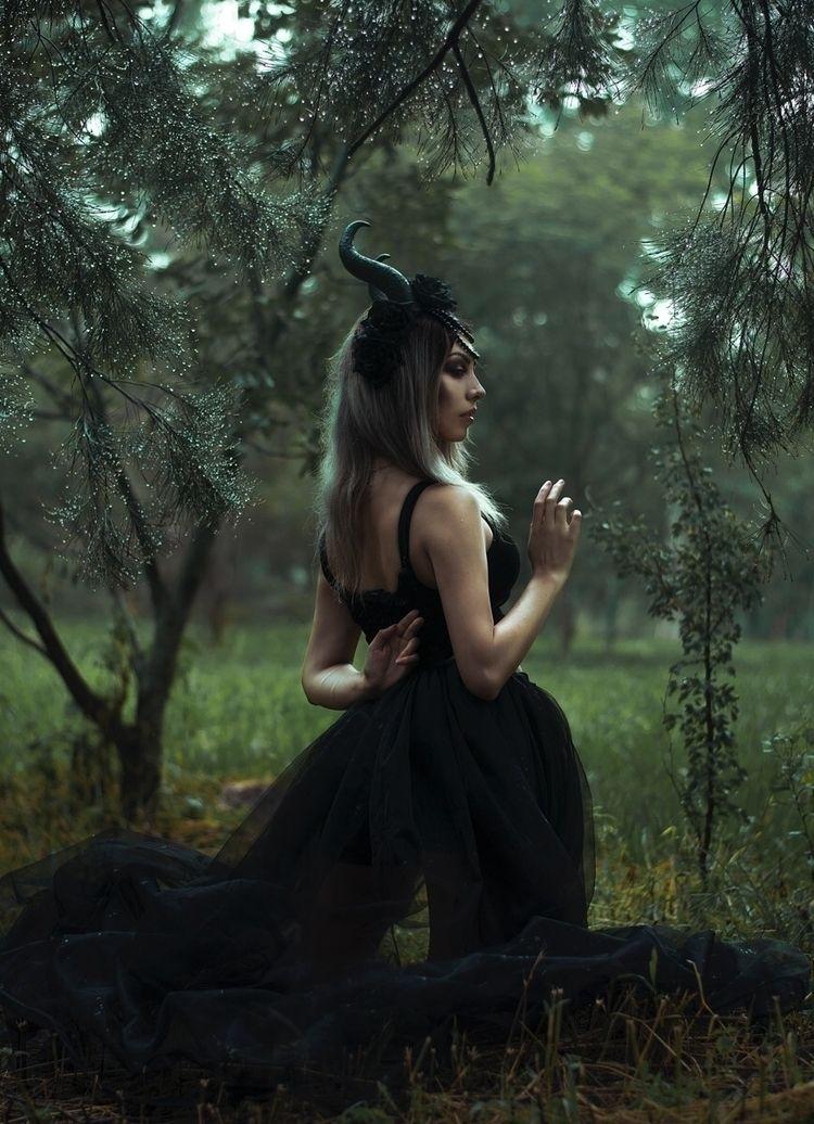 Photographer: Jurgen Alexander  - darkbeautymag   ello