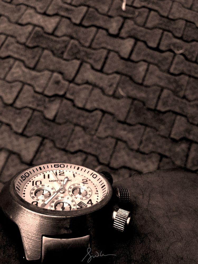 TIME SERIES - (01) FOCUS Succes - andikanbassey | ello