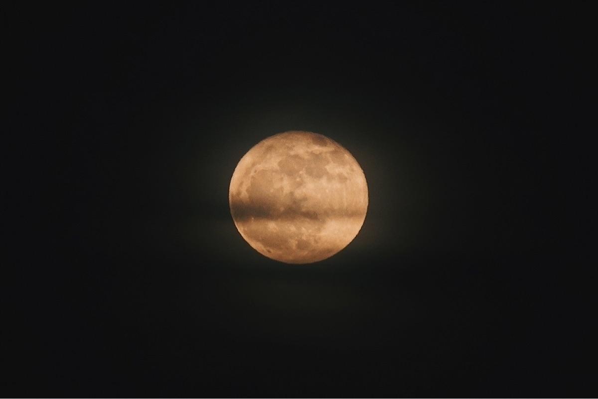 Full moon Black Friday - fullmoon - benraigoza | ello