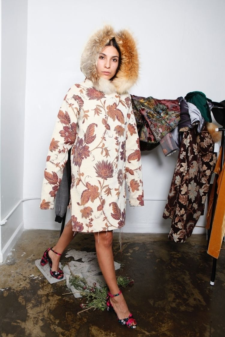 finally girls model clothes pt - donkaka | ello