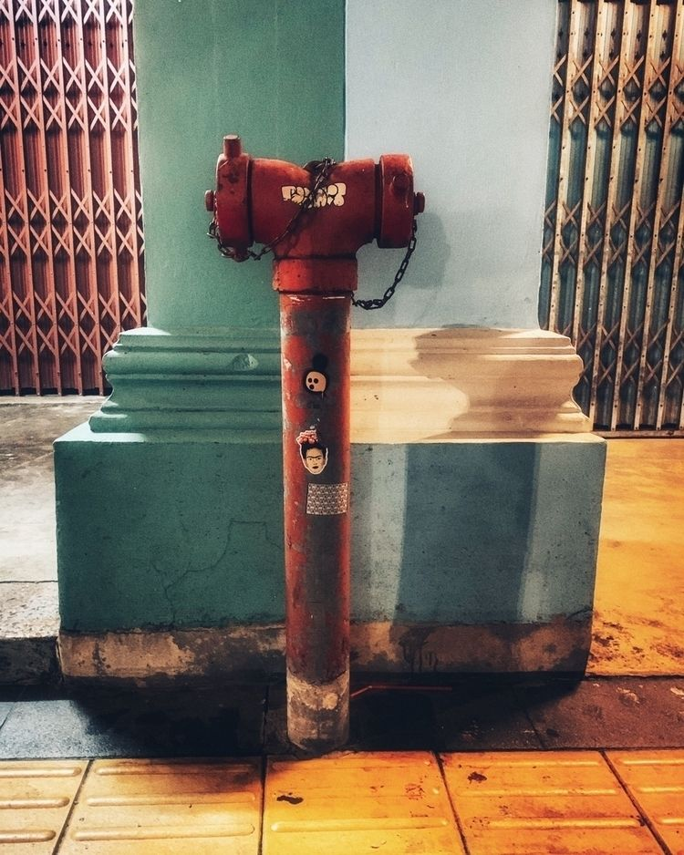 Thailand / Phuket Town/ Dezembe - madap | ello