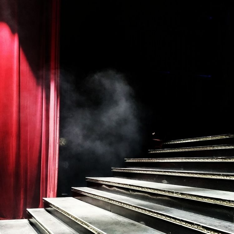 Backstage - theatre, musicaltheatre - in_grid | ello
