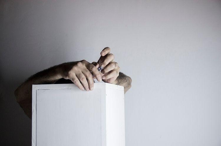 Fotos dios: Las uñas crecen ráp - fabio_massaro | ello