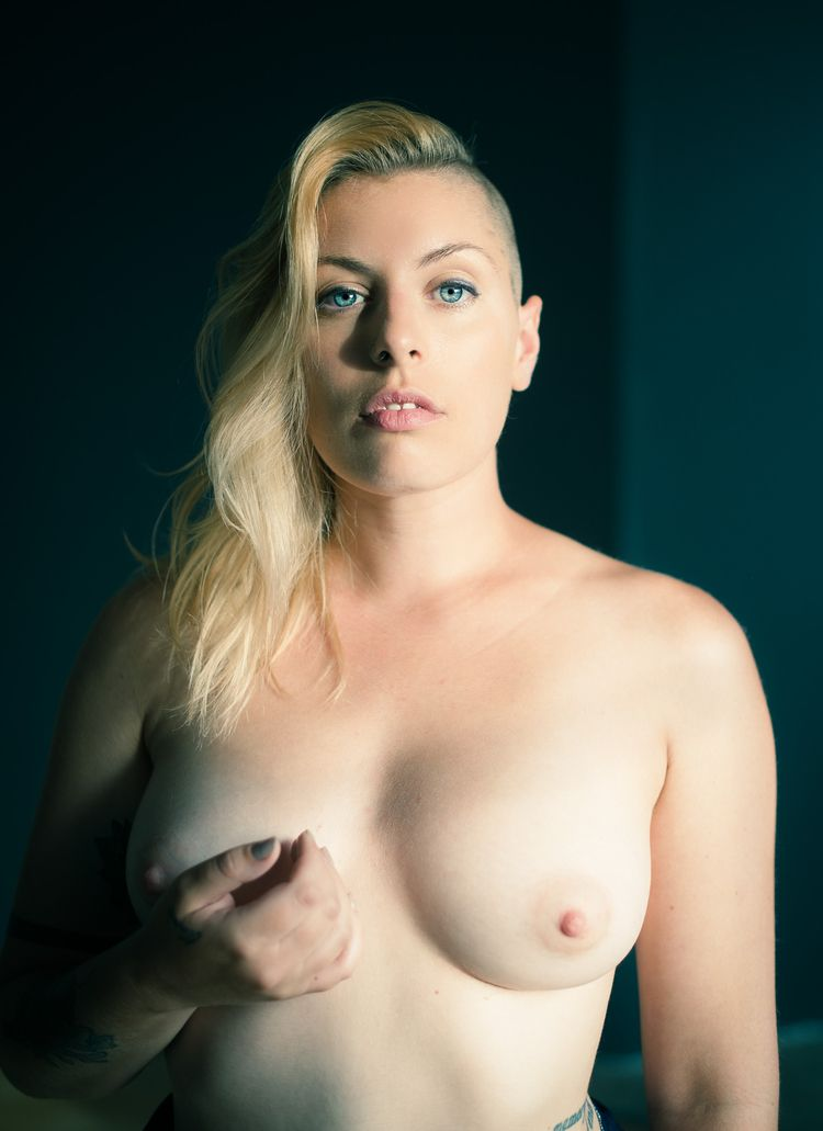 Female presenting nipples, eve  - photoplasia | ello
