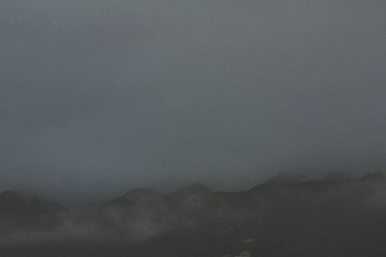 Tenerife, 2018 eyes closed   bo - alglez   ello
