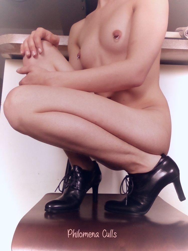 heels gift admirer couple years - philomenaculls | ello