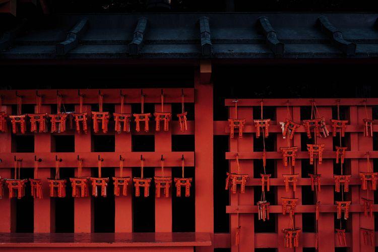 Fushimi Inari-taisha, Kyoto / J - blvckwyrt | ello