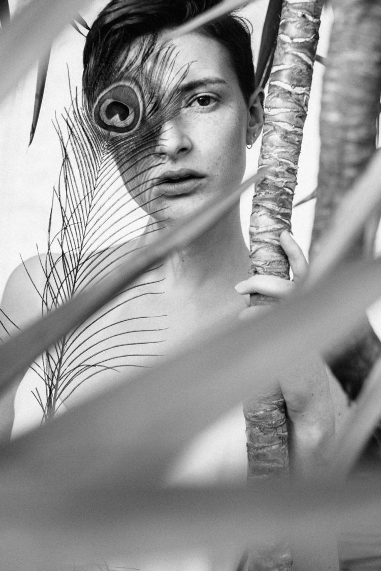 Elisa - woman, portrait, blackandwhite - jensfrankephotography | ello