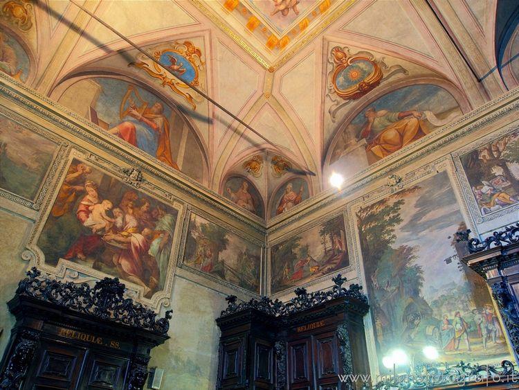 ( ): Frescoed walls sacristy Sa - milanofotografo | ello