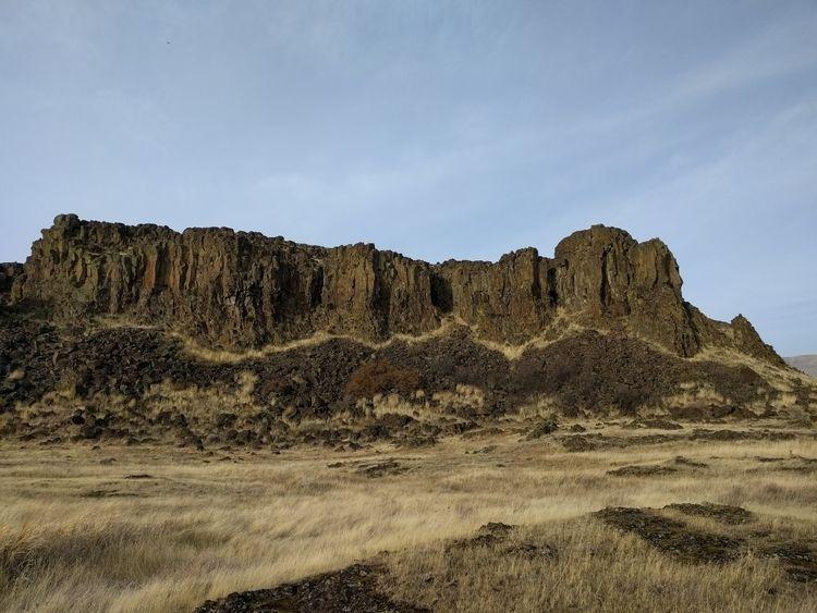 Horsethief Butte, WA - photos, landscape - jonpape | ello