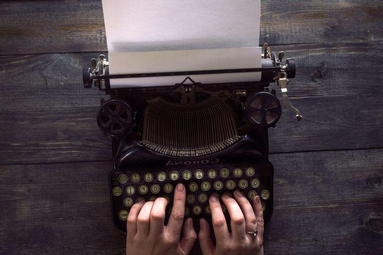 days write. working writer peri - annecouture | ello