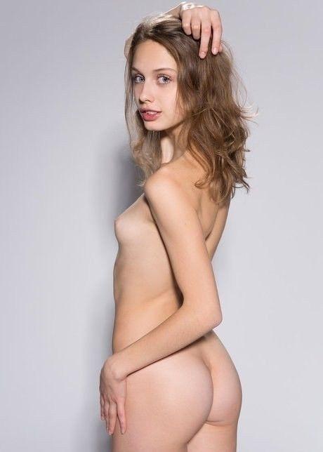 Sexy - NSFW, Clarice, Elvira, Sonia - lezmar63   ello